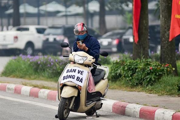 Dan phe 'het' gan 8 trieu dong/cap ve xem tran Viet Nam - Thai Lan