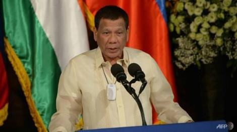 Tổng thống Philippines thừa nhận sức khỏe không tốt