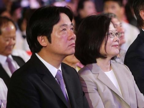 Bắc Kinh cho tàu chiến đi qua eo biển Đài Loan, bà Thái Anh Văn chọn người 'chọc giận' Trung Quốc tham gia bầu cử