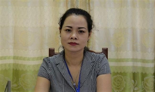 Phu huynh cho 2.000 hoc sinh nghi hoc de phan doi du an nghia trang