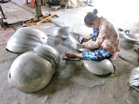 Nghề gò nhôm ở phường Hiệp Ninh
