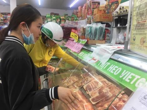 Giá thịt heo bình ổn tiếp tục tăng thêm 8.000–35.000 đồng/kg