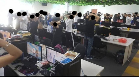 Malaysia bắt giữ gần 800 người Trung Quốc tình nghi liên quan đường dây lừa đảo