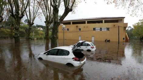Lũ lụt ở miền đông nam nước Pháp khiến ít nhất 2 người thiệt mạng