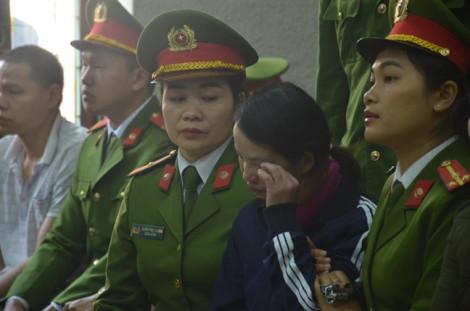 Mẹ nữ sinh bị sát hại khi đi giao gà ở Điện Biên lãnh án 20 năm tù