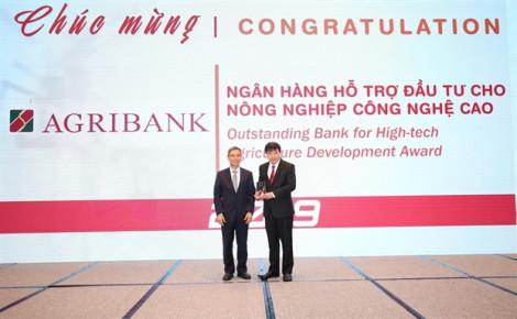 Agribank được vinh danh hai giải thưởng Ngân hàng Việt Nam tiêu biểu 2019
