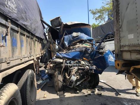 TP.HCM: 5 xe tông nhau liên hoàn trên Xa lộ Hà Nội