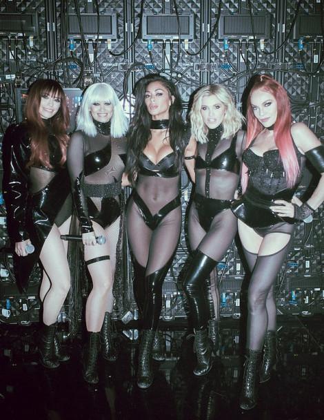 Vẻ ngoài bốc lửa của Pussycat Dolls trong lần tái hợp sau 10 năm