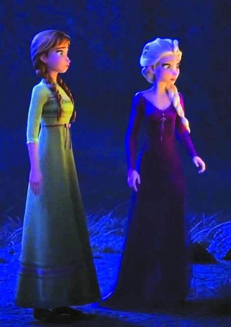 Sự biến hóa thú vị của áo dài trong 'Nữ hoàng băng giá 2'