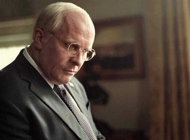Man tang - giam ky kinh hoang cua Christian Bale