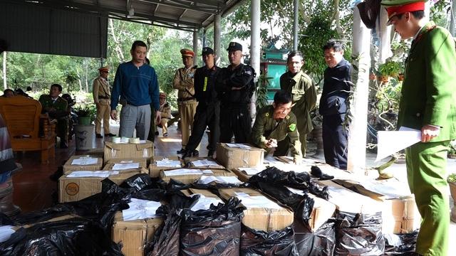 Bat hai doi tuong tang tru luong phao lau lon nhat tu truoc den nay tai Quang Binh