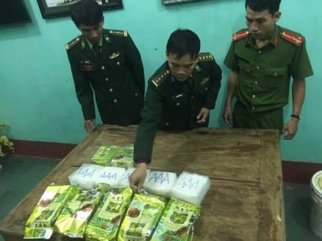 Khởi tố vụ 7kg ma túy đá trôi dạt trên biển Quảng Trị