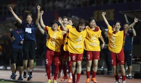 Trước trận chung kết bóng đá nữ SEA Games 30, các tuyển thủ nữ được 'mời gọi' học đại học