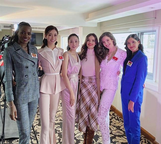 Nhung bo canh dep cua Luong Thuy Linh tai 'Hoa hau The gioi 2019'