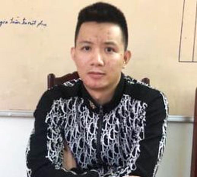Dang clip 'chem khong ghe tay' len Facebook, bi phat 10 trieu dong