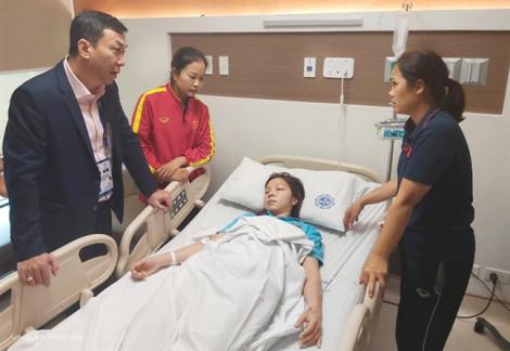 Cầu thủ nữ Việt Nam nhập viện sau khi thắng Thái Lan