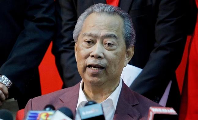Malaysia, Indonesia se dung may bay khong nguoi lai tuan tra bien gioi