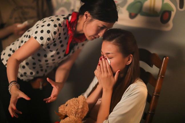 Dao dien Kathy Uyen: 'Toi doc het suc de duoc cong nhan o vai tro dao dien'
