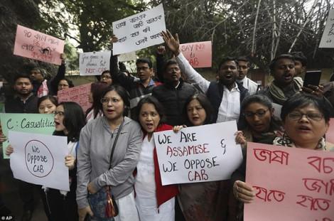 Quốc hội Ấn Độ thông qua dự luật sửa đổi quốc tịch gây tranh cãi