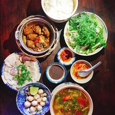Co gi hap dan o quan an vo chong Cuu Tong thong My nhat dinh phai ghe khi den Sai Gon?