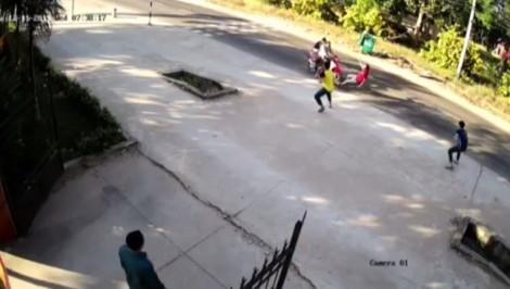 Phó công an xã bị trộm tông thẳng xe vào người khiến chân gãy nhiều đoạn