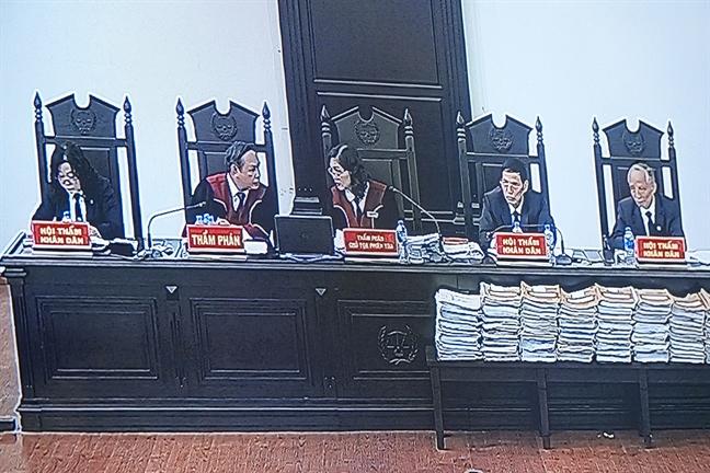 Ong Truong Minh Tuan: 'Toi nghi so tien 200.000 USD la qua mung Tet'