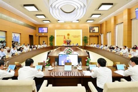 Khai mạc phiên họp thứ 40 của Ủy ban Thường vụ Quốc hội