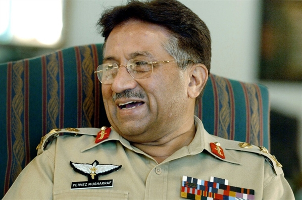 Cuu Tong thong Pakistan - Pervez Musharraf - bi toa tuyen an tu hinh vi phan quoc