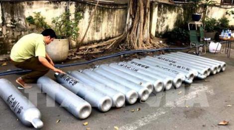 Thu giữ 3,5 tấn khí bóng cười không rõ nguồn gốc tại Sài Gòn