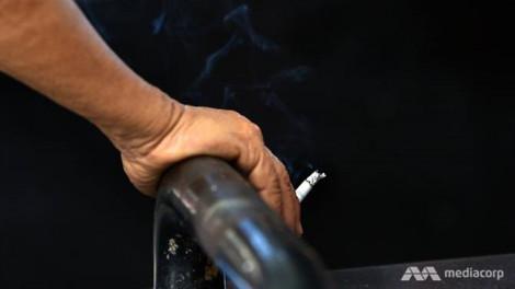Từ năm tới, hút thuốc lá ở nhà hàng Malaysia sẽ bị phạt nặng