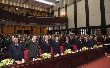 Thủ tướng thị sát hệ thống vũ khí, khí tài bảo vệ chủ quyền quốc gia