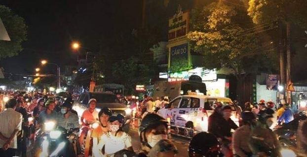 Vu Cong an Dong Nai giai cuu giam doc benh vien khoi nhom cho vay tin dung den: Tam giu 14 doi tuong doi no