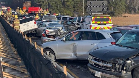 69 xe hơi tông liên hoàn tại Mỹ làm 51 người bị thương