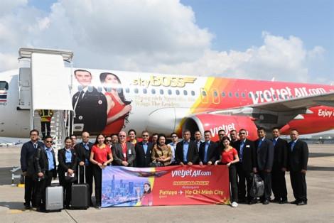 Vietjet khai trương đường bay TP.HCM - Pattaya vi vu Giáng sinh và năm mới