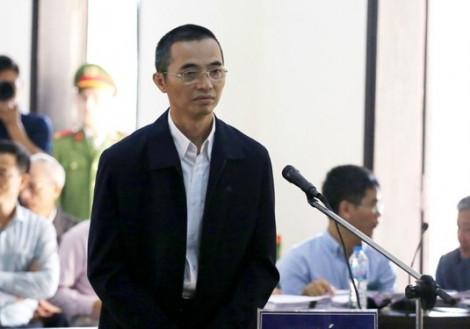 Phiên tòa xử cựu Chánh thanh tra Bộ Thông tin và Truyền thông tiếp tục hoãn