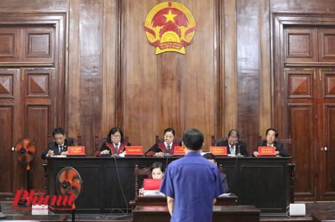 Phiên tòa xử Nguyễn Hữu Tín và đồng phạm: bị cáo Đào Anh Kiệt không nhận trách nhiệm cá nhân