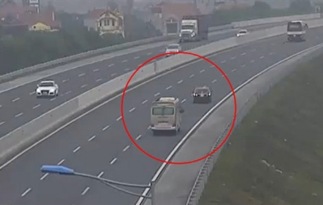 Clip: Đi lùi trên cao tốc Hải Phòng - Hà Nội, xe ô tô 4 chỗ suýt gây tai nạn kinh hoàng