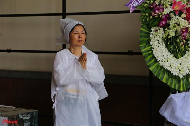 Con gai nhac si Nguyen Van Ty: 'Ba da song tron cuoc doi cua minh'