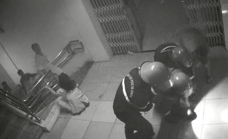 Kẻ đốt bệnh viện, xé áo đòi hiếp dâm nữ y tá có biểu hiện ngáo đá