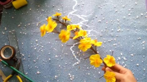 Tự làm hoa cỏ mùa xuân cho ngày Tết