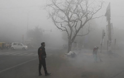 Delhi 'run rẩy' trong ngày lạnh nhất thế kỷ