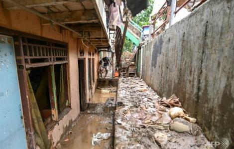 Mưa lũ ở Jakarta làm 53 người chết