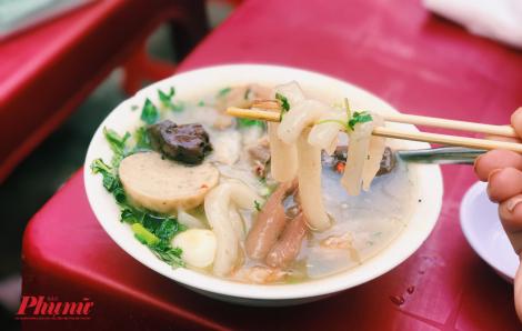 Bánh canh 'Mạ tôi', hương vị miền Trung mộc mạc gây thương nhớ