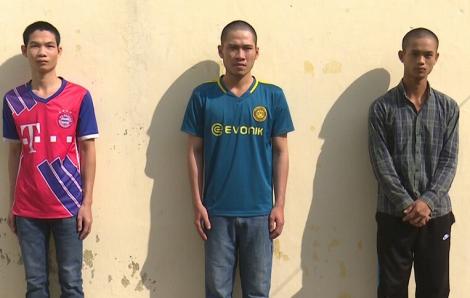 3 thanh niên bị bắt vì ghen tuông, đánh bạn nhậu nhập viện