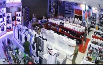 Ly kỳ vụ tên trộm trốn qua đêm trong siêu thị ở Sài Gòn để lấy cắp iPhone