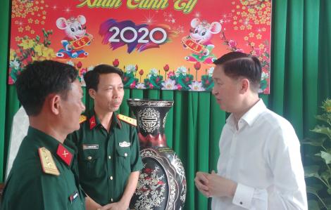 Lãnh đạo TPHCM thăm, chúc tết các đơn vị lực lượng vũ trang tại Bình Dương