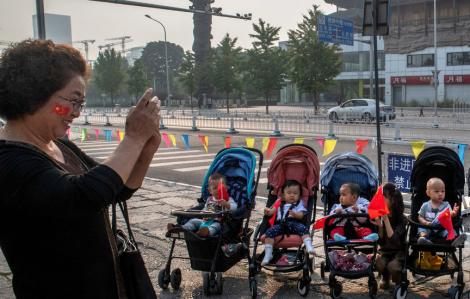 Tỷ lệ sinh của Trung Quốc giảm xuống mức thấp nhất từ khi thành lập nước
