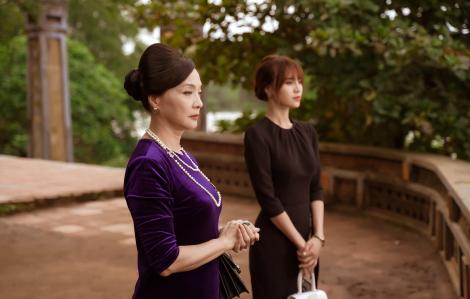 Nước mắt xúc động sau 20 năm trở lại màn ảnh rộng của NSND Lê Khanh