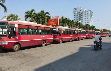 TPHCM: Hàng loạt tài xế xe buýt lãng công vì thu nhập thua lỗ dịp Tết