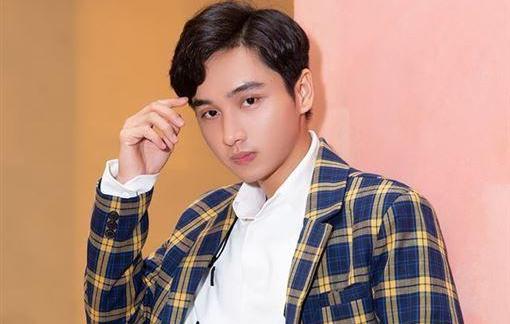 Nam diễn viên trẻ Việt Nam gây sốt truyền thông xứ Trung